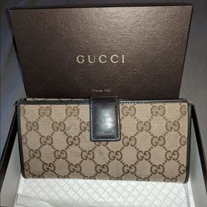 Authentic Gucci dice continental wallet